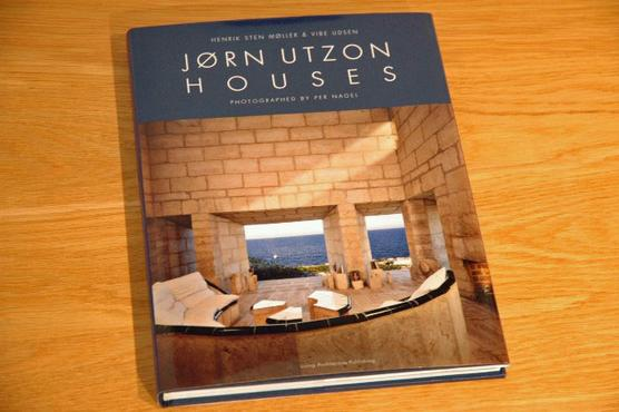 JORN UTZON HOUSES
