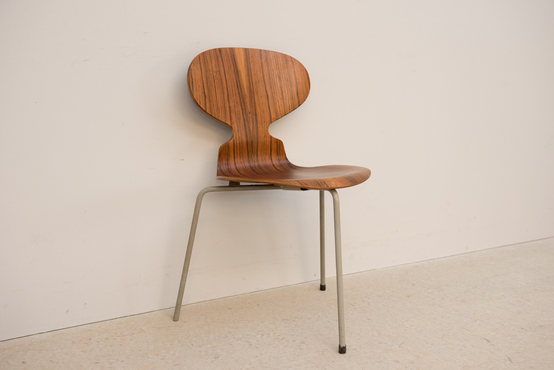 Ant Chair/3 legs/Rose/A.Jacobsen[Sold_Out]