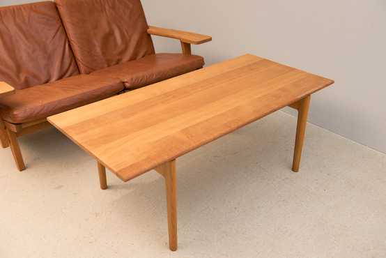 Coffee Table/AT15/H J.Wegner