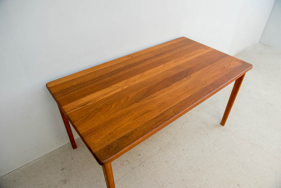 ダイニングテーブル/オーレ・ヴァンシャー 130x71