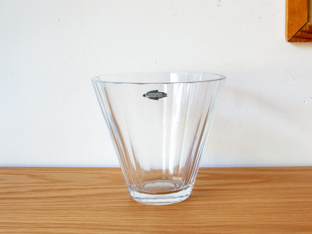 ガラスベース/ヌータヤルヴィ